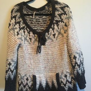 Free people sweater size medium pull over wool